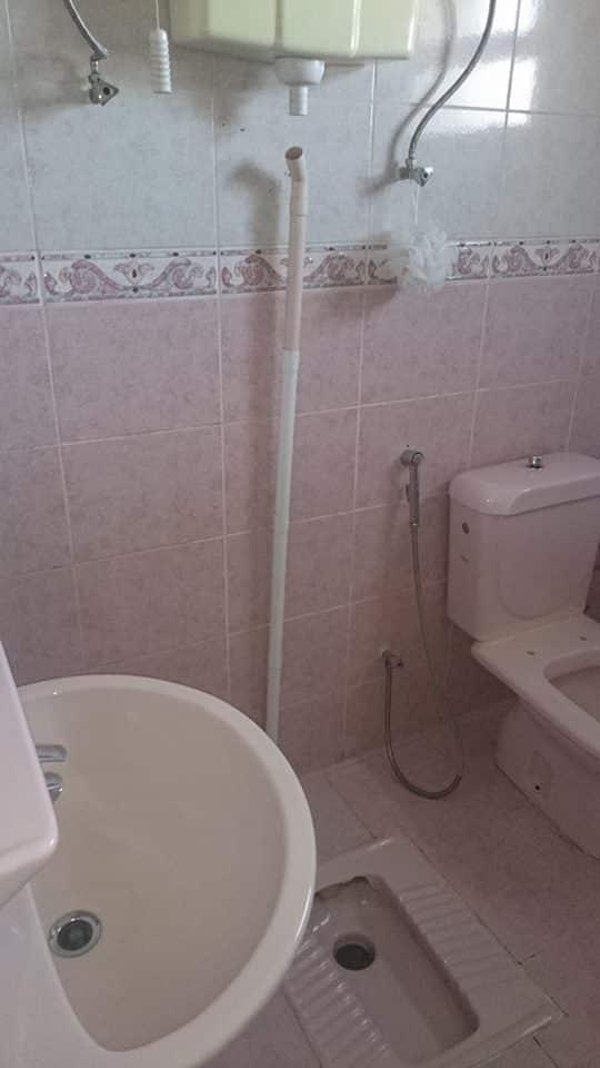 تنظيف حمامات